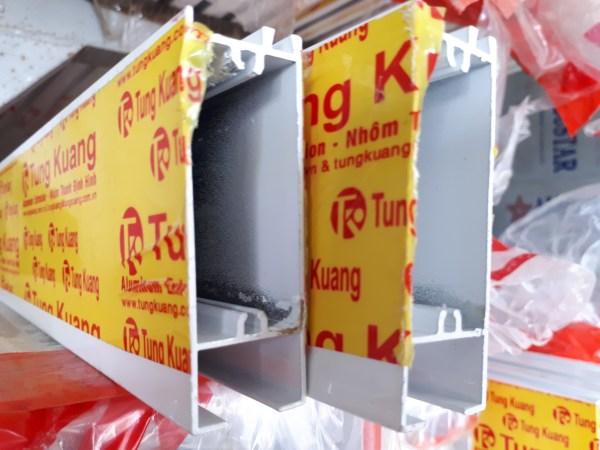 Ngang Trên Dưới 25.4x75 (T.Kuang)
